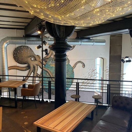 Oberdeck oder Restaurant Lugger in der ersten Etage